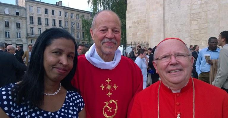 georges_pauly_ordination_diaconale_20150618+mgr_ricard.jpg