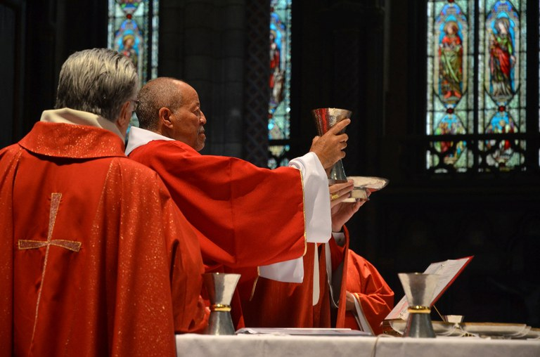 georges_pauly_ordination_diaconale_vin.jpg